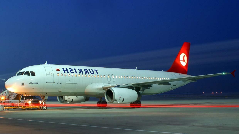 Россияне отказались улетать из Турции на неисправном самолете